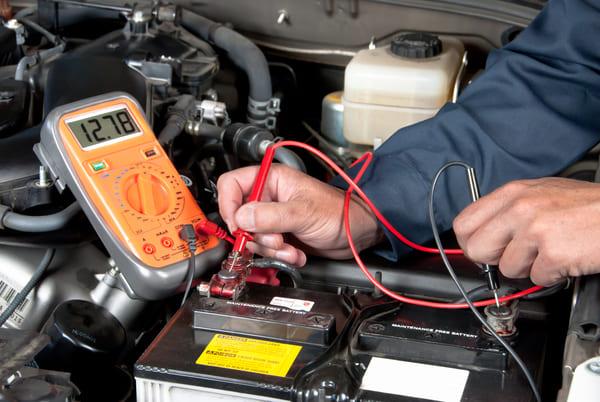 mantenimiento bateria del coche