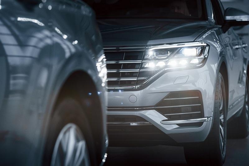 revisar iluminación coche